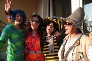 Silvia mit Freundinnen im Karnaval