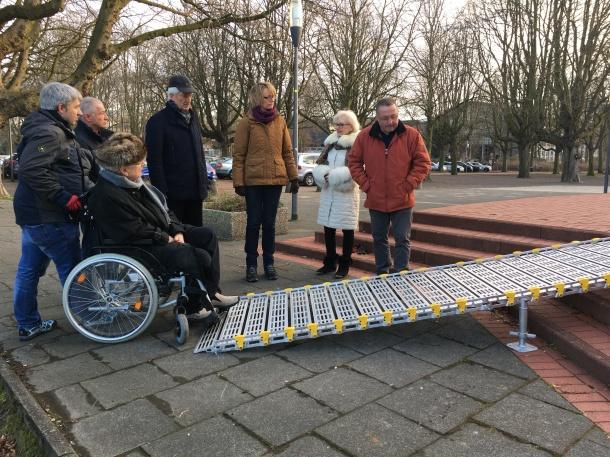 WDR - Lokalzeit Köln - Sprechzeit - Rollstuhlrampe für Kirche - mit Anke Bruns