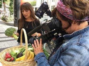 Kamerafrau Petra Domres und Autorin Christine Weirich