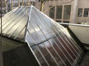 WDR - Lokalzeit Köln - Sprechzeit - Glasdach